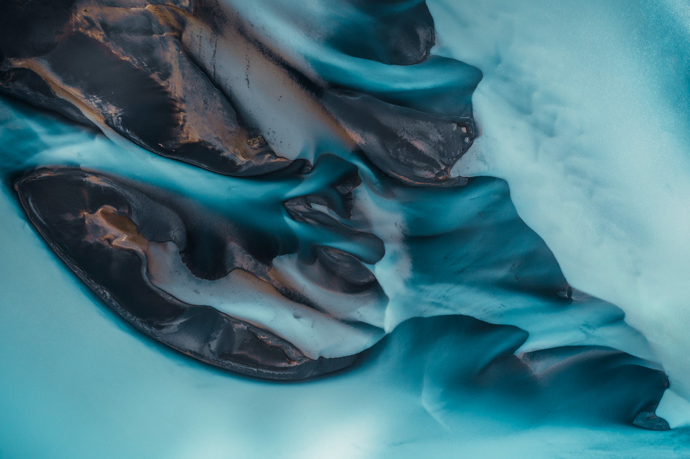 A Colorful Flow (Blue Series) – South Iceland by Jan Erik Waider